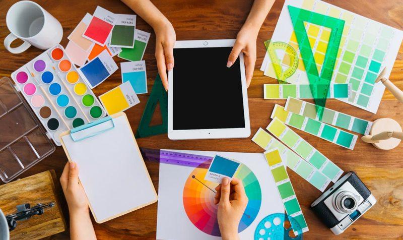 เทคนิคการเลือกสีให้เหมาะกับธุรกิจออนไลน์ของคุณ